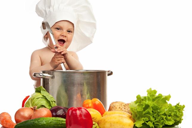 Dinh dưỡng cần thiết cho bé 1 tuổi